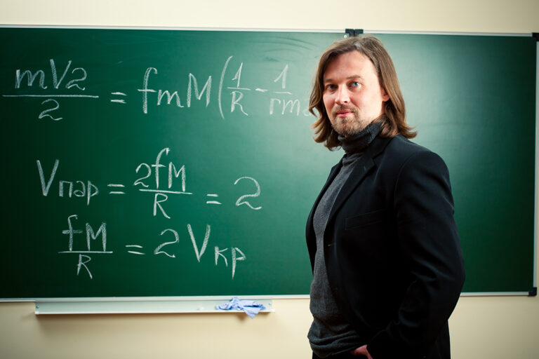 CalTech Scientist: We Exist in North San Juan Man's Dream