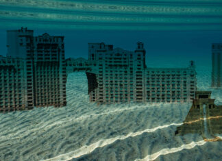 """The underwater """"ruins"""" of Atlantis discovered on the Nevada side of Lake Tahoe."""